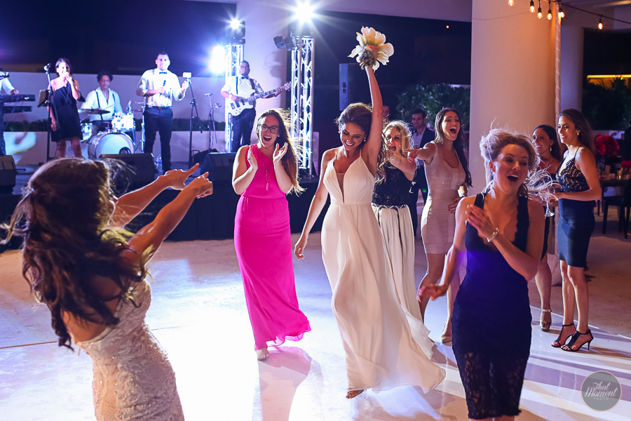 Wedding Photographer Hyatt Ziva Cancun
